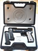 BERETTA NAVY M9 Special Commemorative Pistol 9mm (FREE SHIPPING)