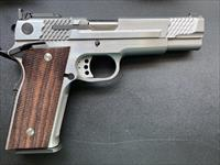 S&W Performance Center 1911 .45ACP