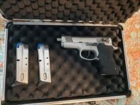 Smith & wesson performance center 40 recon