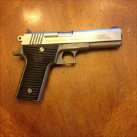 Wyoming Arms Parker 10mm pistol
