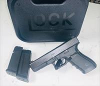 Glock 21 Gen4 .45ACP with 3-Dot Night Sight and two mags 13rnd