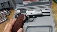 BEAUTIFUL Browning Hi Power 9mm
