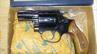 Smith & Wesson S&W 36 Chief's special in box circa 1969! Awesome!