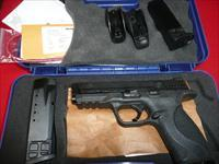 SMITH & WESSON M&P 40  NIB ALL ACCESSORIES
