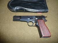 BROWNING HI POWER  9MM.... 1 X13 RD MAGS 1972 MFG.