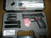 S&W M&P  9MM 4.25 BARREL TWO 16 RD MAGS