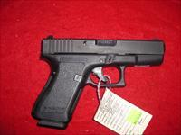 GLOCK  MODEL 23 40 CAL  MASS OK