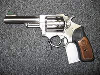 "Ruger SP101 .22LR 4.2"" barrel"