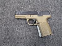 Smith & Wesson SD9 FDE