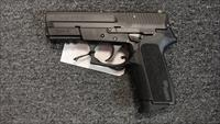 Sig Sauer SP2022 .40S&W (used)