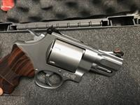 Smith & Wesson Model 629 Performance Center