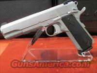 DAN WESSON STAINLESS STEEL VALOR