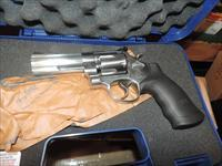 SMITH WESSON 610 IN 10 MM NIB