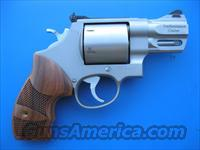 Smith & Wesson 629 Performance Center 44 Mag 2 5/8