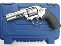 "Smith & Wesson 617 10 shot .22 LR *NEW* ""K"" Frame K22 Masterpiece 160584"