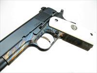 Dan Wesson Limited Edition Valor 1911 9mm Case Color Royal Blue Bone Grips 01940 *NEW*