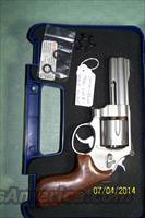 SMITH & WESSON MODEL 625-8 JERRY MICULEK EDITION  MINT CONDITION