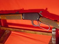 WINCHESTER 9422  MAG  CARBINE  DELUXE