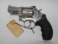 Smith & Wesson 66-4