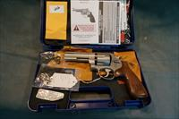S+W 625-8 45ACP w/box and papers