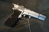 Browning Hi Power 9mm satin chrome