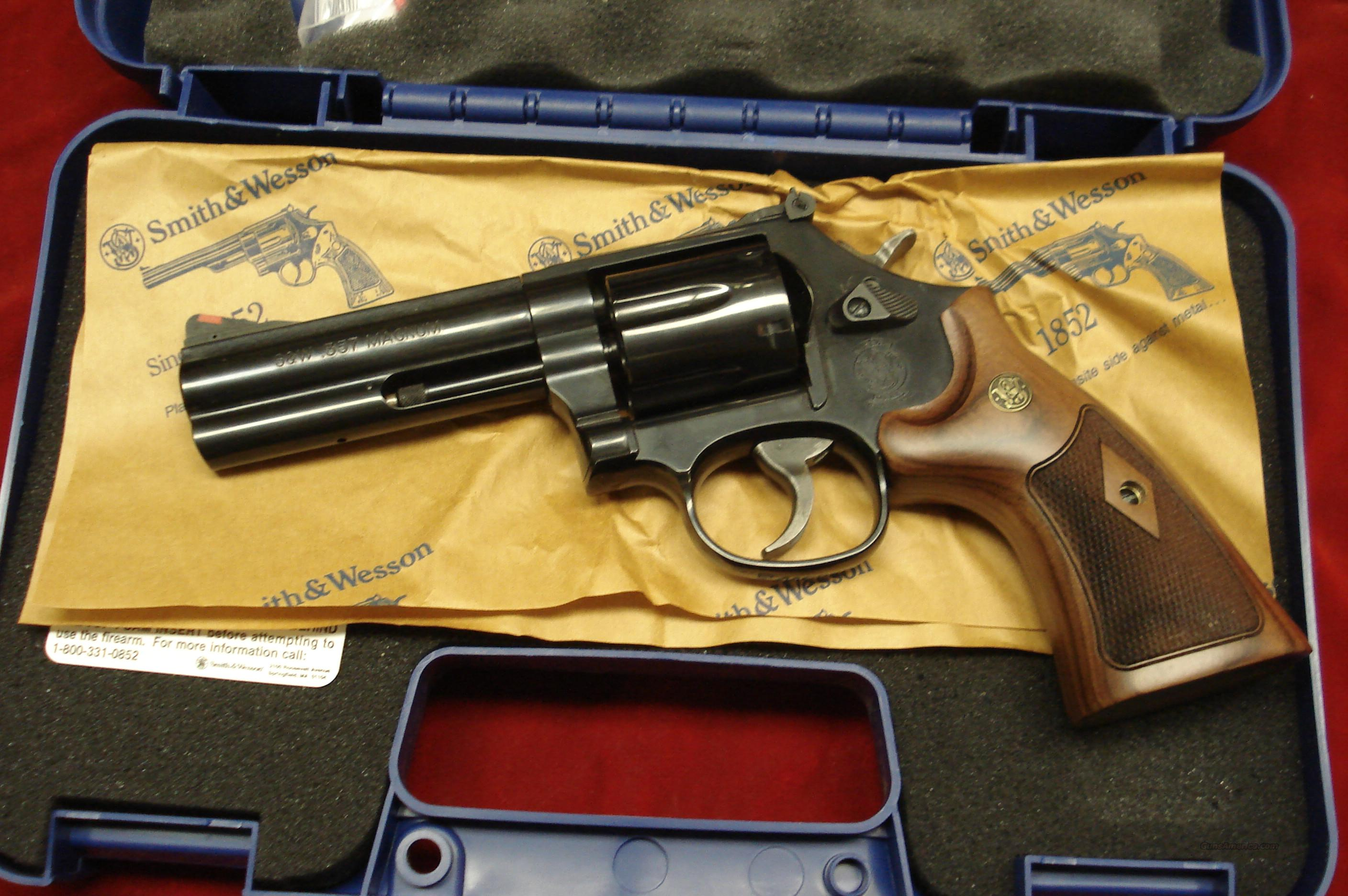 SMITH AND WESSON MODEL 586 CLASSIC 4 BLUE 357 For Sale
