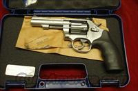 "SMITH AND WESSON MODEL 67 STAINLESS 4"" 38SPL. NEW"