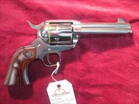 "RUGER VAQUERO POLISHED STAINLESS 357MAG 4 5/8"" LNIB USED"
