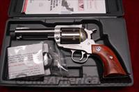 "RUGER SUPER BLACKHAWK 44MAG 4 5/8"" STAINLESS NEW (KS-458N)"
