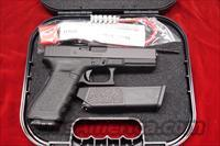 GLOCK MODEL 17 GEN3 9MM NEW