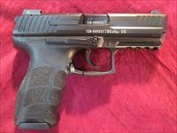 HECKLER AND KOCH P30 V3 9mm  W/ NIGHT SIGHTS, 3 MAGS AND EXTRA THREADED BARREL NEW   (730903LE-EXB)