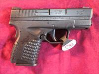 SPRINGFIELD ARMORY XDS 45ACP BLACK W/ CRIMSON TRACE LASER AND HOLSTER NEW