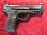 SMITH AND WESSON M&P 40CAL USED