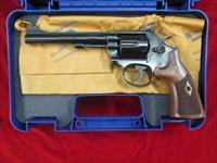 "SMITH AND WESSON MODEL 48 CLASSIC, 6"" 22MAG USED LNIB"