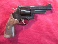 "SMITH AND WESSON MODEL 29 CLASSIC 4"" 44MAG NEW (150254)"