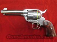 "RUGER POLISHED STAINLESS VAQUERO 357CAL. 4 5/8"" W/ WOOD GRIPS NEW (KNV-34)"