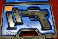 FN FNS-40 .40CAL. WITH 3 HIGH CAP. MAGAZINES NEW  (66940)