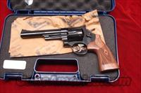 "SMITH AND WESSON 57 CLASSIC 6"" 41MAG. BLUE NEW"