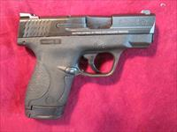 SMITH AND WESSON SHIELD 9MM W/ NIGHT SIGHTS AND THREE MAGS NEW (10086)