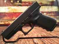 GLOCK NEW MODEL 19 GENERATION 4 .9MM CAL. WITH 3 HIGH CAPACITY MAGAZINES NEW (PG1950203)