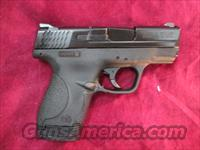 SMITH AND WESSON M&P SHIELD .40 CAL W/ NO MANUAL SAFETY NEW
