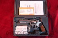 RUGER SP101 STAINLESS 5 SHOT 357 MAG NEW