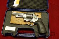 "SMITH AND WESSON MODEL 629 4"" 44MAG. NEW"