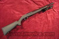 RUGER 10/22 TACTICAL TARGET WITH HOGUE OVERMOLD STOCK NEW (10/22VLEH)