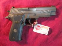 SIG SAUER P226 LEGION 9MM NEW  (E26R-9-LEGION)