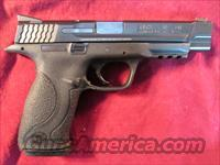 "SMITH AND WESSON M&P 40 PRO SERIES 5"" .40CAL HI/CAP WITH FIBER OPTIC FRONT SIGHT USED, VERY GOOD CONDITION"