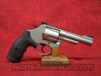Smith & Wesson Model 69 .44 Magnum/.44 Special 4.25 Inch Stainless Steel Barrel (162069)