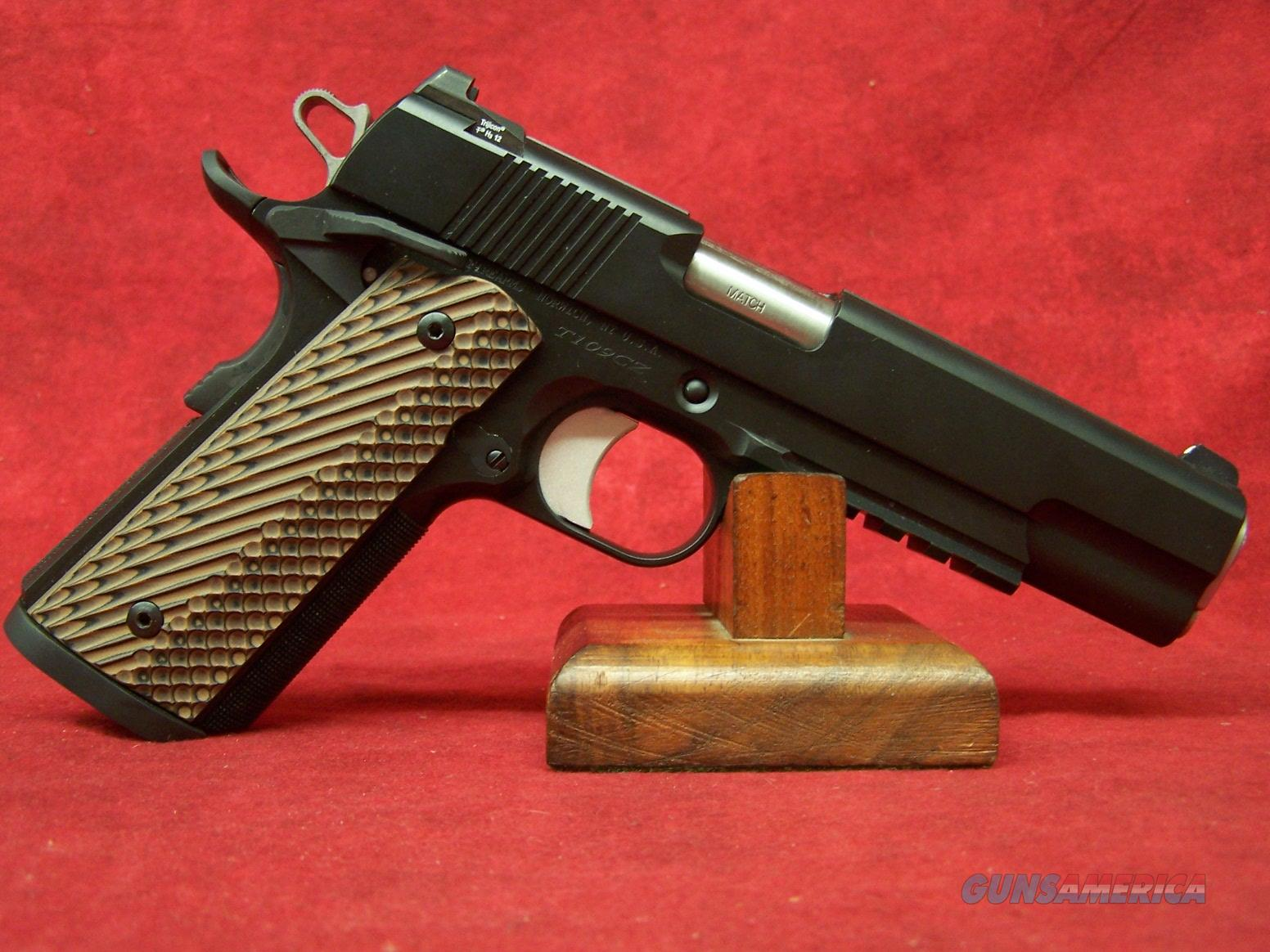 Dan Wesson Specialist  45 ACP 5