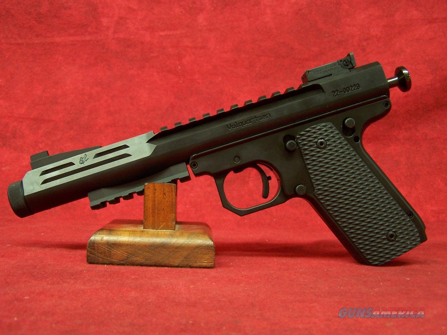 Volquartsen Scorpion Black Nitride w/VZ Grips  22 WMR 6