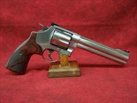 Smith & Wesson Model 629 Deluxe .44 Magnum 6.5 Inch Barrel (150714)